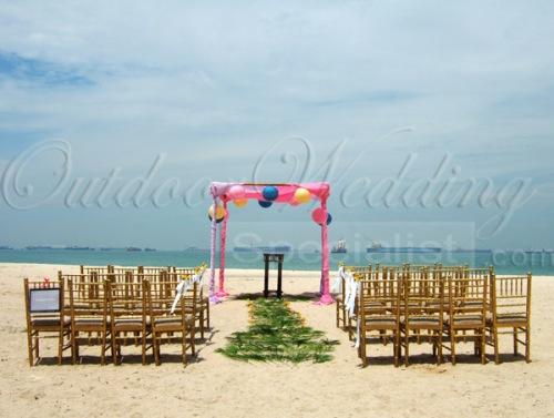 The wedding altar by the beach near One-26.