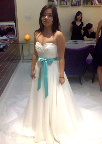 She says wedding dress dilemma things i learnt we for Off the rack wedding dresses near me