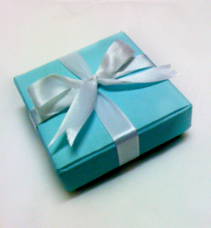 She Says Surprise Wedding Favor In Tiffany Box Behind The Scene