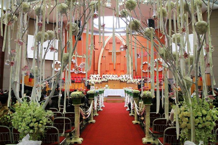 Inspiration from wedding decor in jakarta behind the scene of lotus2 junglespirit Gallery