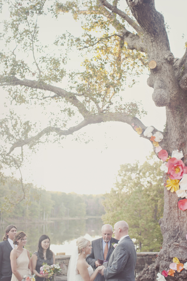 wedding-ceremony-tree-flowers