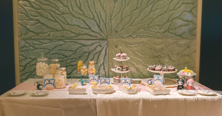 dessert bar tokidoki theme