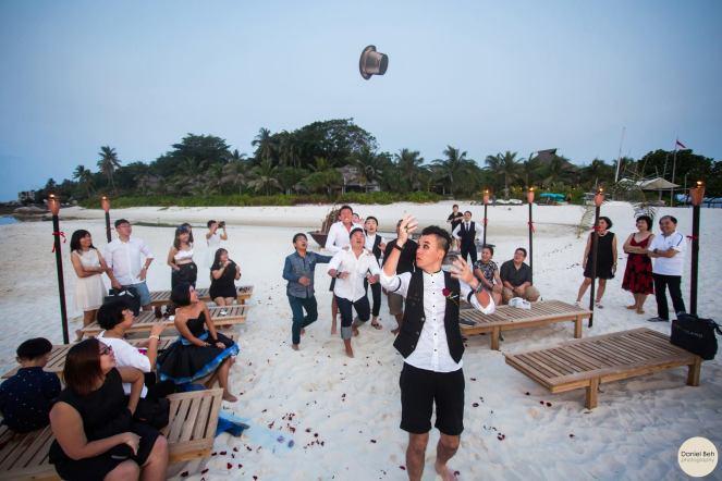 Nikoi Island: Beach Wedding Ceremony (New trend hat-throwing)