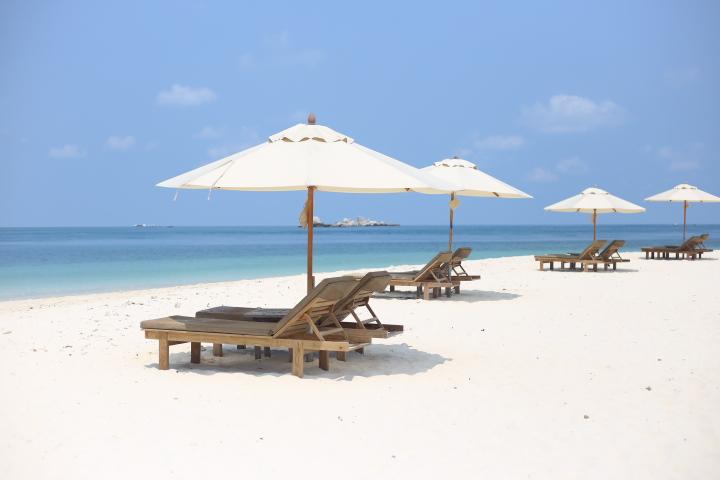 Nikoi Island Beach