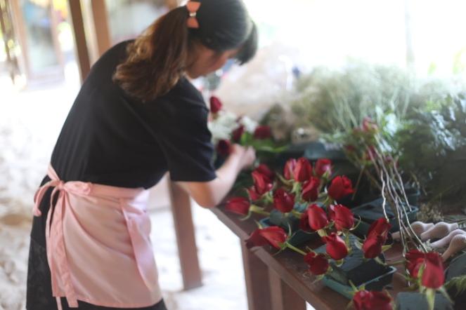 Our florist: Hellen