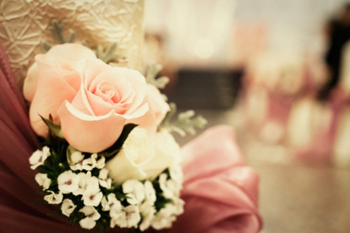 Posies along the aisle. Photo credit - Light&Memories